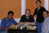 Edwin, Antonio, Anisa y yo